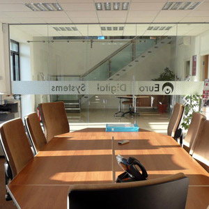 Euro Digital Systems Frameless Glass Partition